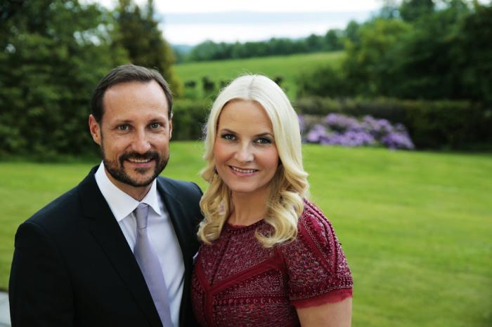 Метте-Марит Хейби и принц Хокон. / Фото: www.us.hola.com
