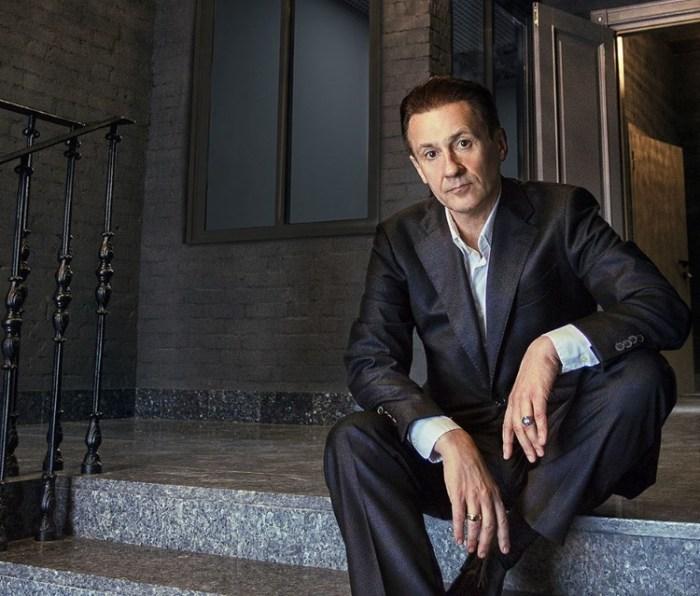 Олег Меньшиков. / Фото: www.elle.ru