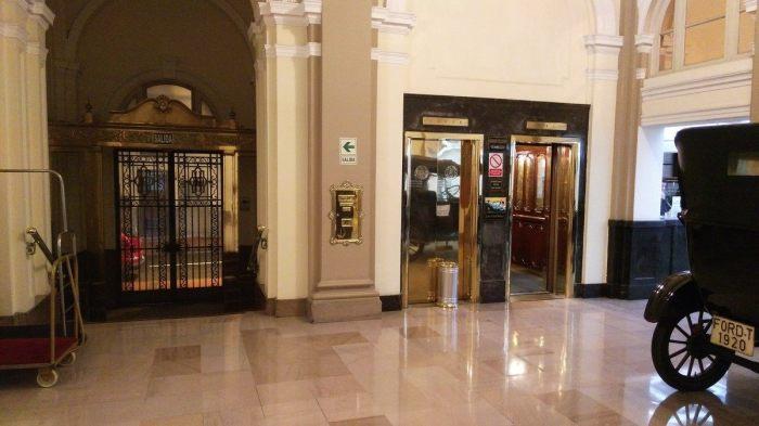 Гранд-отель «Bolivar», Серкадо-де-Лима, Перу. / Фото: www.atlasobscura.com