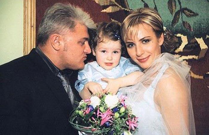 Владимир и Ирина Турчинские с дочерью. / Фото: www.stuki-druki.com