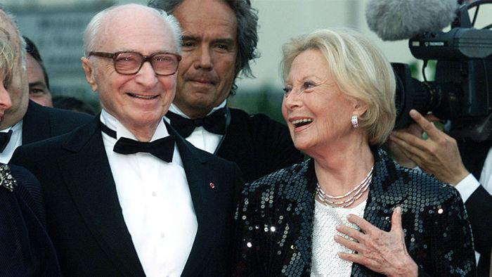Мишель Морган и Жерар Ури на кинофестивале в Каннах, 2001 год. / Фото: www.gazeta.ru