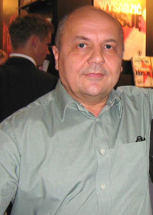 Виктор Суворов. / Фото: www.pinimg.com