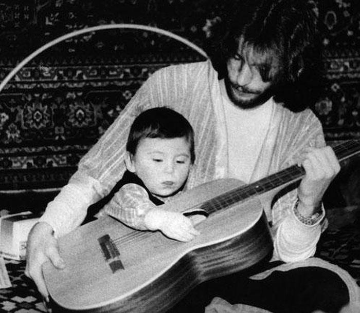 Игорь Тальков с сыном. / Фото: www.kp.ru