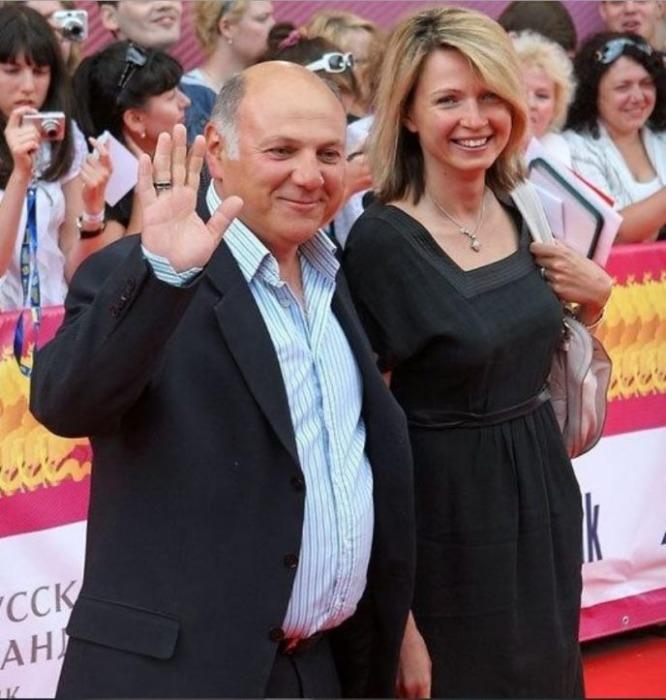 Сергей Газаров с женой Еленой. / Фото: www.factsinter.com