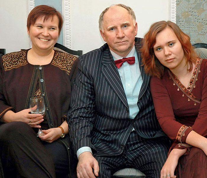 Валерий Баринов с женой и дочерью. / Фото: www.7days.ru