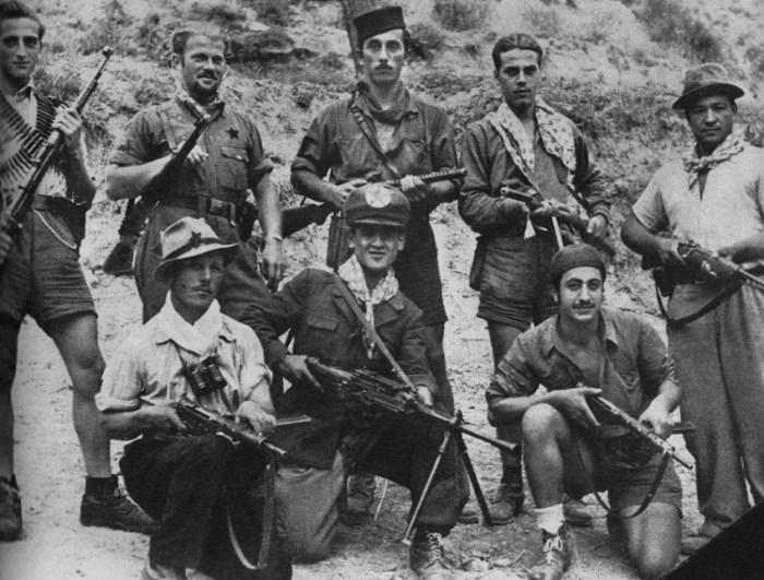 Итальянские партизаны. / Фото: www.twimg.com