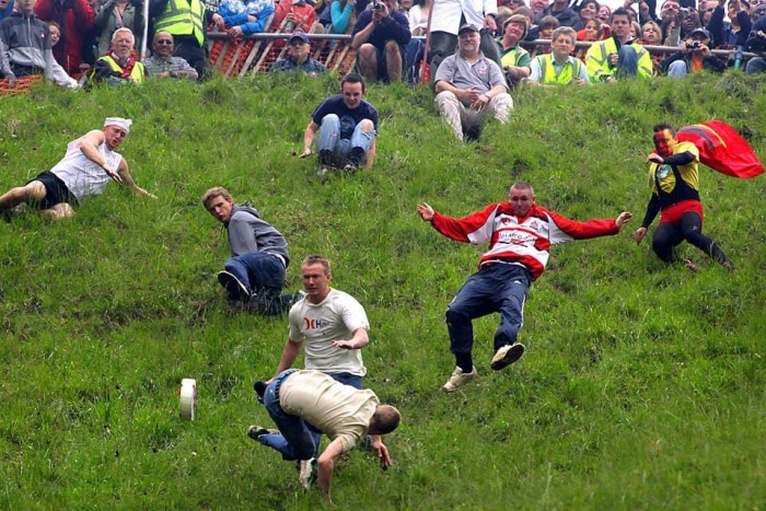 Cooper's Hill Cheese-Rolling. / Фото: www.lolwot.com