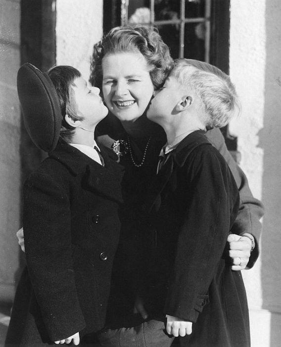 Маргарет Тэтчер с детьми. / Фото: www.dailymail.co.uk