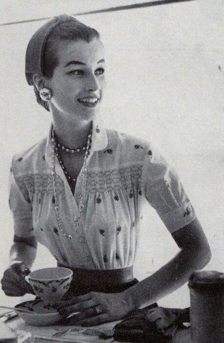 Симона де Бовуар в молодости. / Фото: www.twimg.com