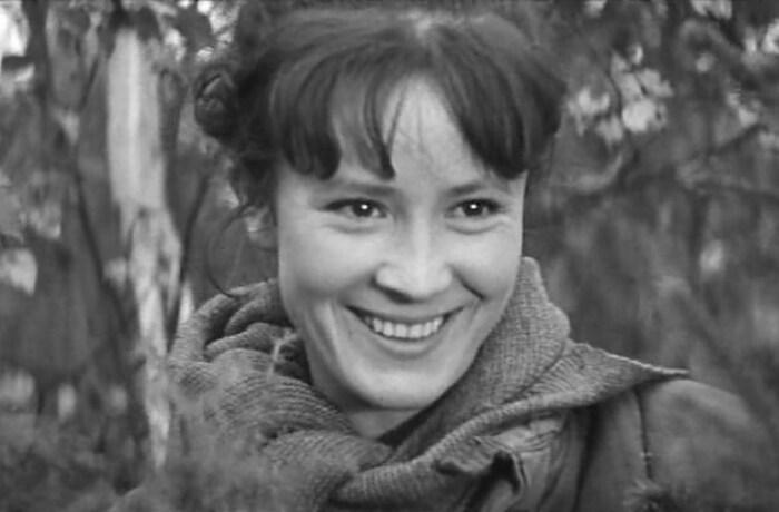 Тамара Дегтярёва в фильме «Встречи на рассвете». / Фото: www.kino-teatr.ru
