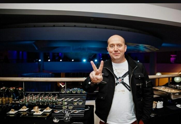 Сергей Бурунов. / Фото: www.vokrug.tv