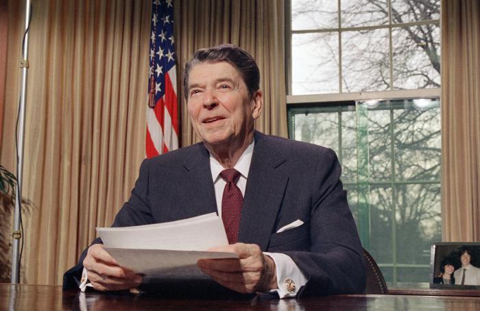 Рональд Рейган. / Фото: www.theoldreader.com