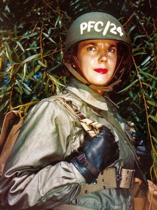 Военнослужащая вспомогательного армейского корпуса США, 1944 год. / Фото: www.lenta.ru