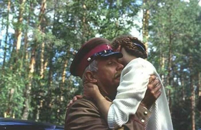 Кадр из фильма «Утомлённые солнцем». / Фото: www.kinopoisk.ru