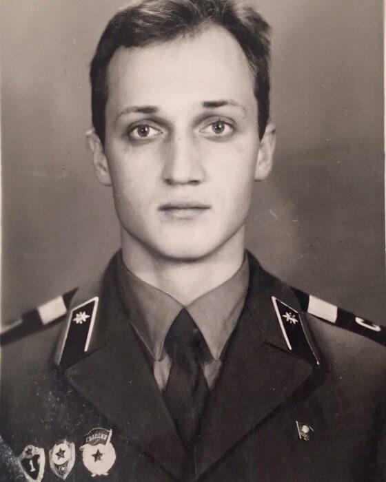 Гоша Куценко во время службы в армии. / Фото: www.yandex.net