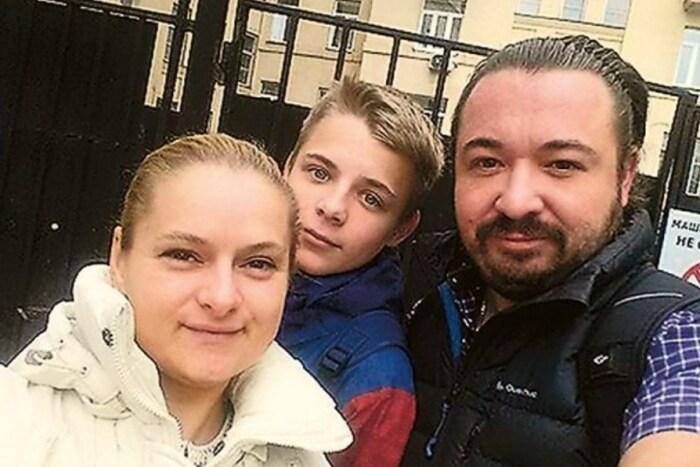 Дмитрий и Анна Грабины с сыном. / Фото: www.botgirl.ru
