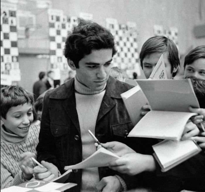 Гарри Каспаров. / Фото: www.twimg.com