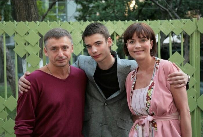 Никита с родителями. / Фото: www.comp-pro.ru