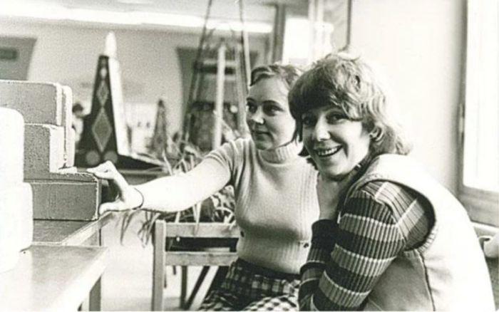 Кира Прошутинская (справа) и Наталья Стеценко. / Фото: www.maxwatermelon.ru