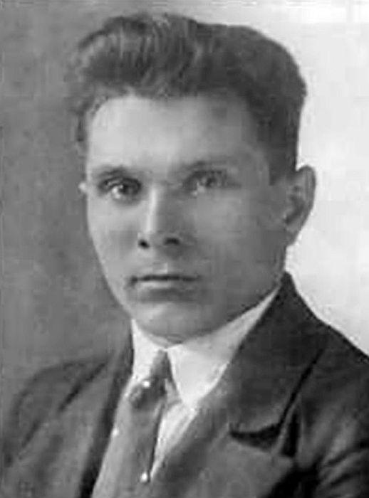 Николай Щёлоков в молодости. / Фото: www.biografii.net