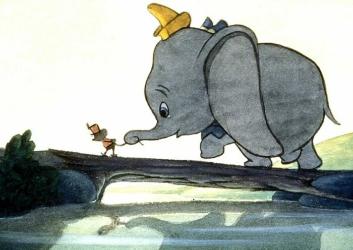 Кадр из мультфильма «Дамбо». / Фото: www.kinopoisk.ru