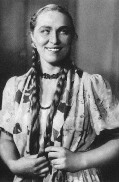 Римма Маркова в молодости. / Фото: www.kp.ru