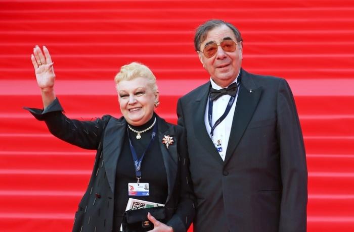 Наталья Дрожжина и Михаил Цивин. / Фото: www.tvcenter.ru