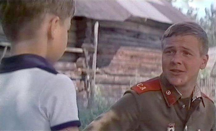 Геннадий Фролов в фильме «Семеро солдатиков». / Фото: www.kino-teatr.ru