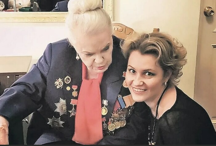 Элина Быстрицкая и Ксения Рубцова. / Фото: www.profi-news.ru