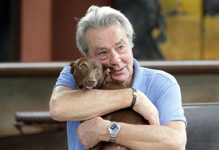 Ален Делон с детства любит собак. / Фото: www.dondiario.com