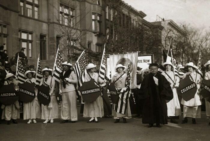 Американские суфражистки в Нью-Йорке, 1912 год. / Фото: www.lenta.ru