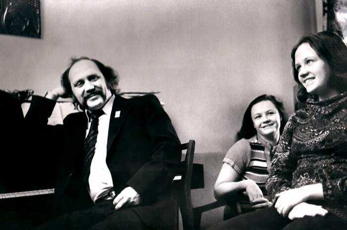 Владимир Мулявин и Лидия Кармальская с дочерью Мариной. / Фото: www.obzor.lt