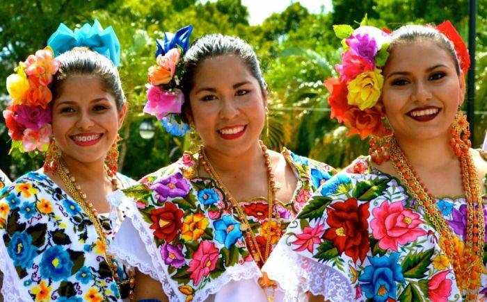 В Мексике свои представления о женской красоте. / Фото: www.krasavica.info