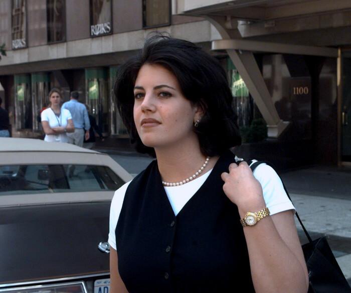 Моника Левински. / Фото: www.yimg.com