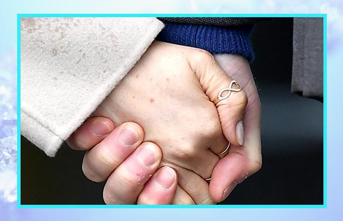Кольцо «Бесконечная любовь».