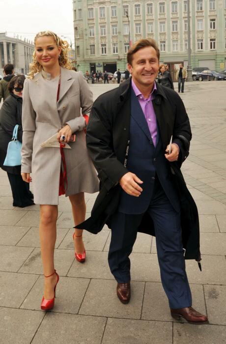 Мария Максакова и Владимир Тюрин. / Фото: www.cosmo.ru