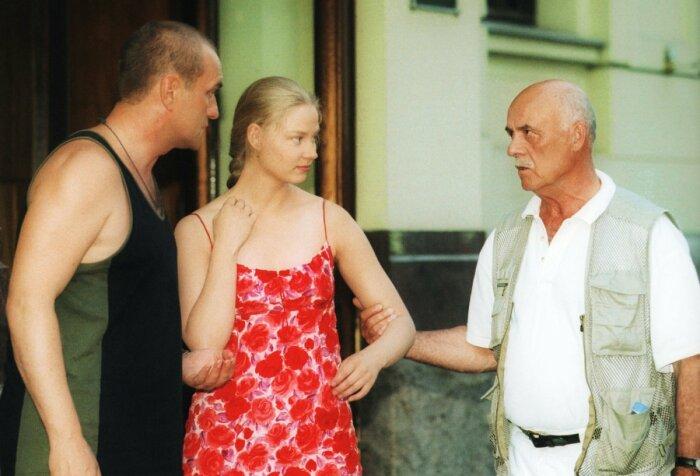 Станислав Говорухин восхищался красотой юной актрисы. / Фото: www.funart.pro