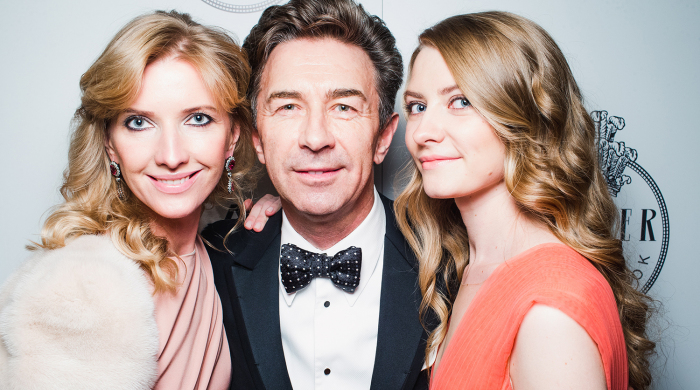 Валерий Сюткин с женой и дочерью. / Фото: www.gazeta.ru