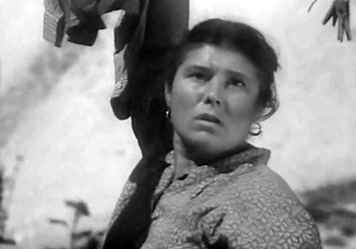 Валентина Владимирова в фильме «Сумка, полная сердец». / Фото: www.kino-teatr.ru