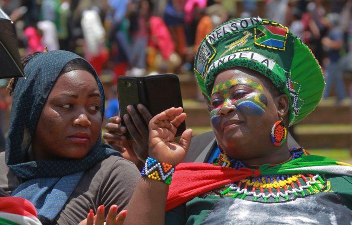 Женщины ЮАР. / Фото: www.twimg.com