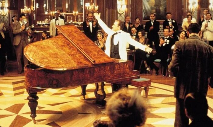 Кадр из фильма «Легенда о пианисте». / Фото: www.kinopoisk.ru