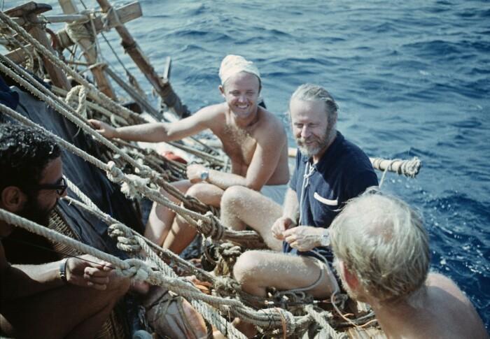 Юрий Сенкевич и Тур Хейердал  во время путешествия на папирусной лодке «Ра», 1969 год. / Фото: www.m24.ru