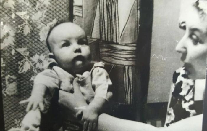 Маленькая Арина со своей мамой Татьяной. / Фото: www.ural.kp.ru
