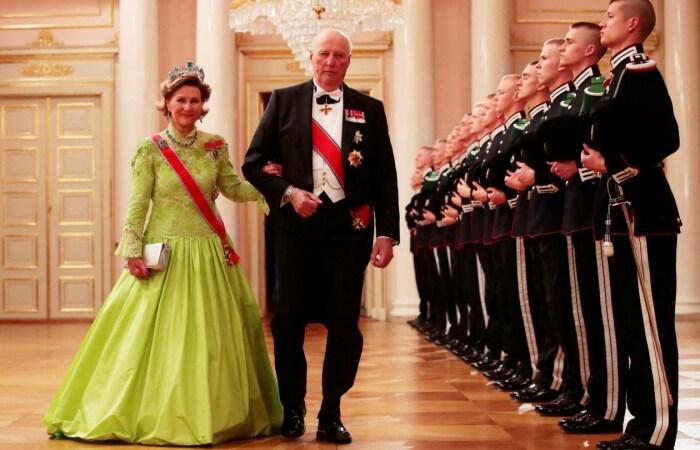 Король Харальд V и королева Соня. / Фото: www.telegraph.co.uk