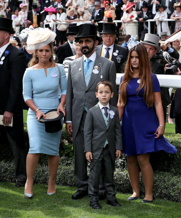 Принцесса Хайя и шейх Мохаммед с детьми. / Фото: www.insider.com