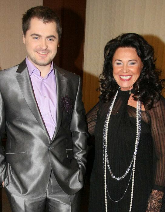 Евгений Гор и Надежда Бабкина. / Фото: www.cosmo.ru