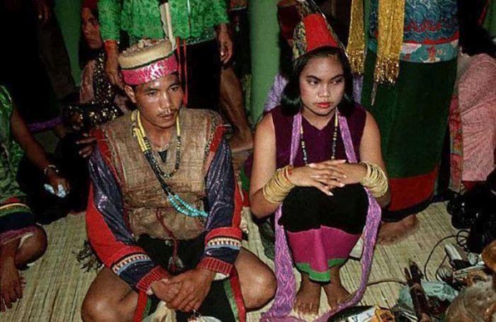Молодоженам из индонезийской общины можно только посочувствовать. / Фото: www.travel-dom.ru