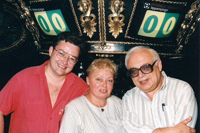 Борис Крюк, Наталия Стеценко, Владимир Ворошилов. / Фото: www.news.myseldon.com