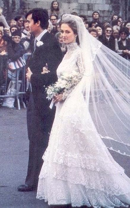 Пенелопа Нэтчбулл с мужем в день свадьбы. / Фото: www.newsroyal.ru