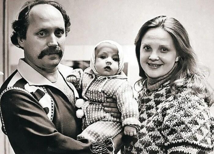 Владимир Мулявин и Светлана Пенкина с сыном. / Фото: www.iznat.com